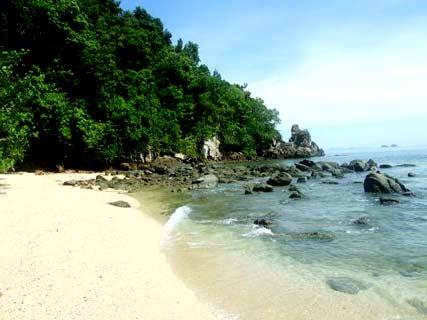 แหล่งท่องเที่ยว หาดอ่าวเสี้ยว คลองม่วง กระบี่