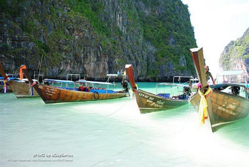 ชวนมาเที่ยวเกาะพีพี จังหวัดกระบี่